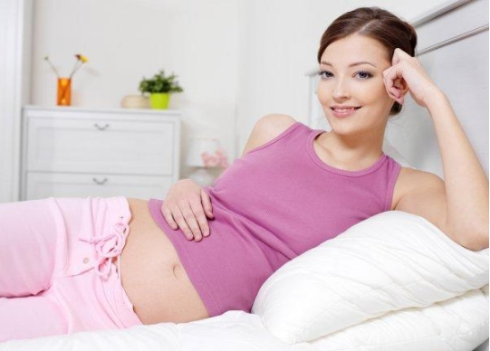 Phân biệt thai và kinh nguyệt
