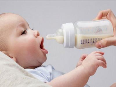 Bí Quyết Cai Sữa Cho Bé Hiệu Quả Đến Bất Ngờ