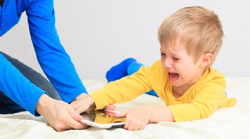 Tuyệt Chiêu Xử Lý Trẻ Ăn Vạ Hiệu Quả Nhất Mà Bố Mẹ Cần Biết 3