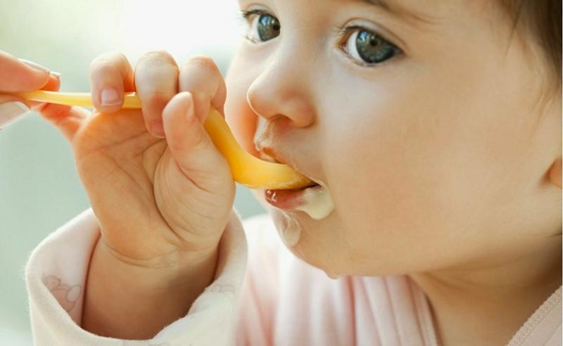 Giải Đáp Thắc Mắc: Bé Mấy Tháng Ăn Được Váng Sữa Và Tất Tần Tật Câu Hỏi Liên Quan 1
