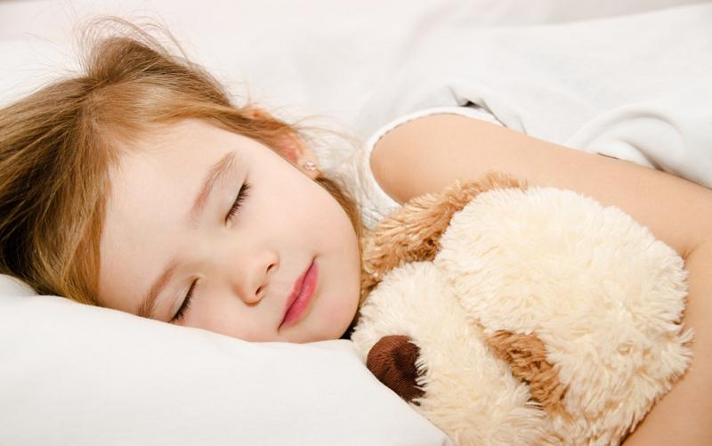 Trẻ Sơ Sinh Ngủ Ít Vào Ban Ngày, Mẹ Phải Làm Sao Để Giúp Bé Ngủ Ngon Hiệu Quả? 2