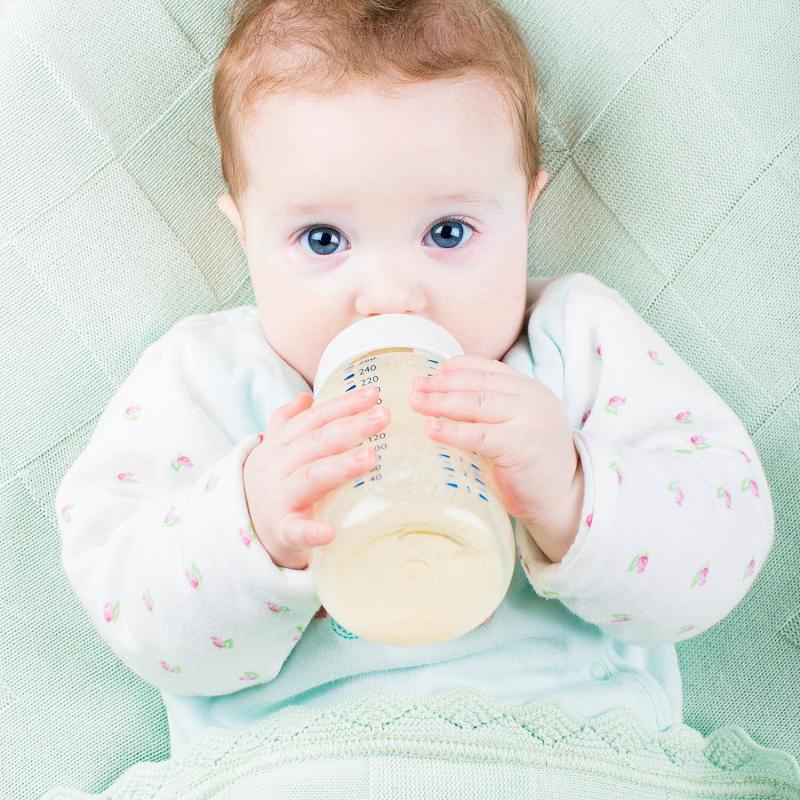 Thắc Mắc Của Nhiều Bà Mẹ: Trẻ Uống Sữa Công Thức Đi Ngoài Màu Xanh Có Bất Thường? 2